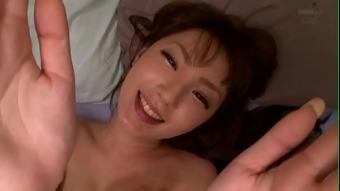 pornญี่ปุ่น อยู่บ้านมันเงียบเหงาเลยเอากับเพื่อนของน้องชายตัวเอง น้องชายตัวเองก็นอนหลับอยู่ข้างๆสงสัยจะคันหี