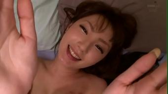 xxxญี่ปุ่น พยาบาลสาวดูแลนักเรียนที่ป่วยได้อย่างดีเยี่ยม ต้องหาเรื่องตื่นเต้นให้ทำ กินยาไม่หายเลยต้องกินน้ำจากรูหีแทน