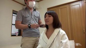pornญี่ปุ่น ดูร่านมากเลยนะ น่าจะไม่เคยโดนผู้ชายเอามานานมากแล้ว ก็เห็นควยละเงี่ยนจัด แทบอยากจะเอาหีเข้าไปกระแทกทันที